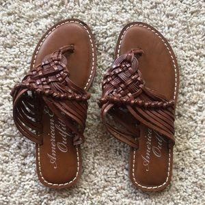 Super cute size 6 American Eagle sandals